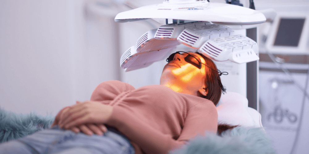 The Benefits Of Led Light Therapy On Your Mood And Skin