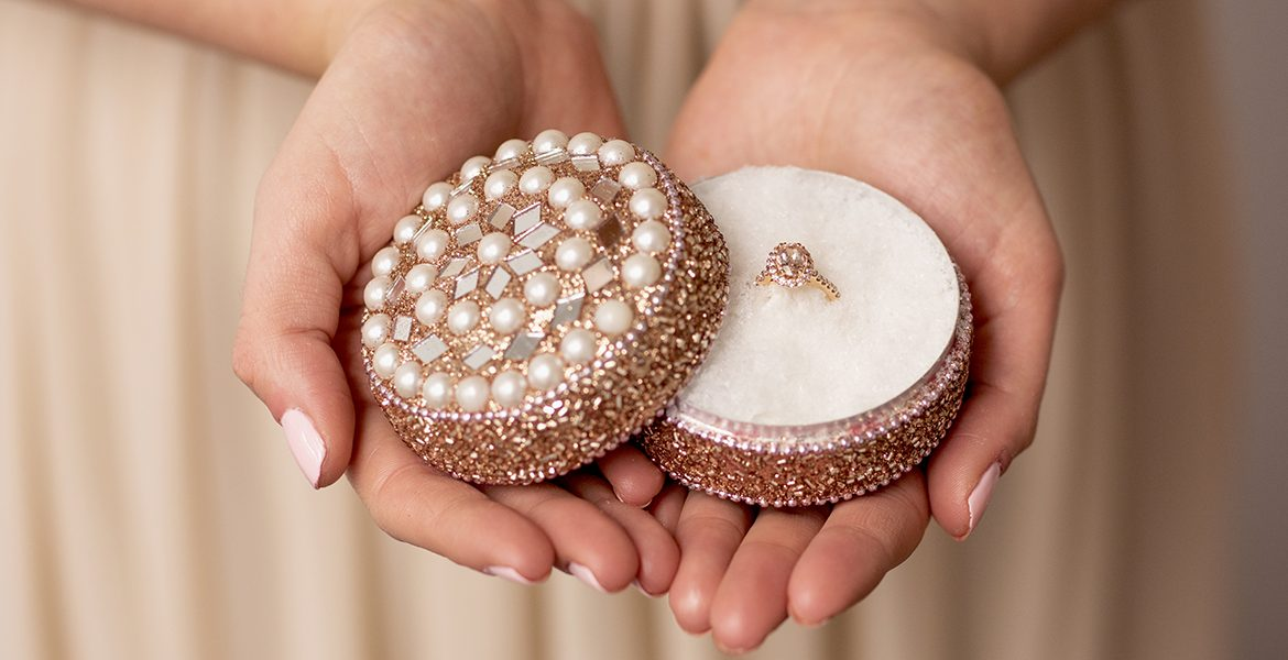 5 Tips for Buying Bridal Jewelry Online